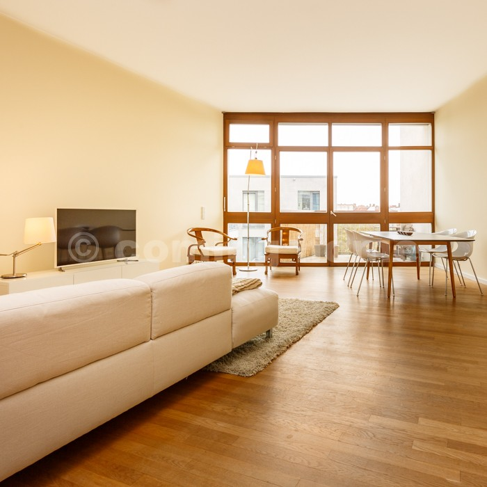 Urban Style Near Torstrasse Generous Apartment With 2 Ba Coming Home